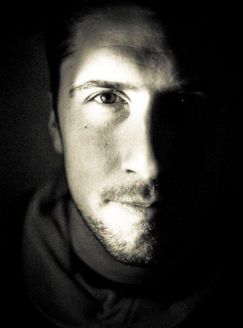 «Aborder le plus directement possible le suicide avec les jeunes endeuillés».  David Goudreault- Slameur et t.s.
